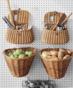 Kit de pesca que nunca usaste y cestas de mimbre.